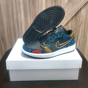Jordan 1 Low Womens Shoes